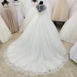 Кружевное свадебное платье со шлейфом, Ростов-на-Дону
