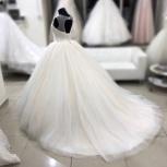Новое свадебное платье со шлейфом + горный хрустал, Ростов-на-Дону