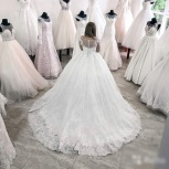 Новое кружевное свадебное платье со шлейфом, Ростов-на-Дону