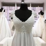 Новое прямое свадебное платье с бисером, Ростов-на-Дону