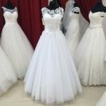 Новое свадебное платье с кружевом- модель С-27н, Ростов-на-Дону